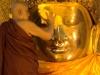Der Mahamuni Buddha - t�gliches Waschritual um 4:00 morgens